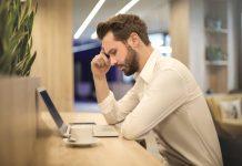 penyebab karyawan hilang semangat kerja di kantor - kesalahan dalam bisnis