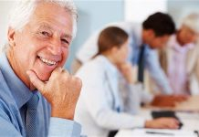 cara menghadapi karyawan yang lebih tua