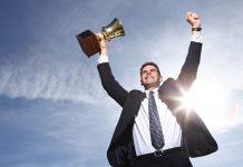 contoh reward untuk karyawan berprestasi selain uang